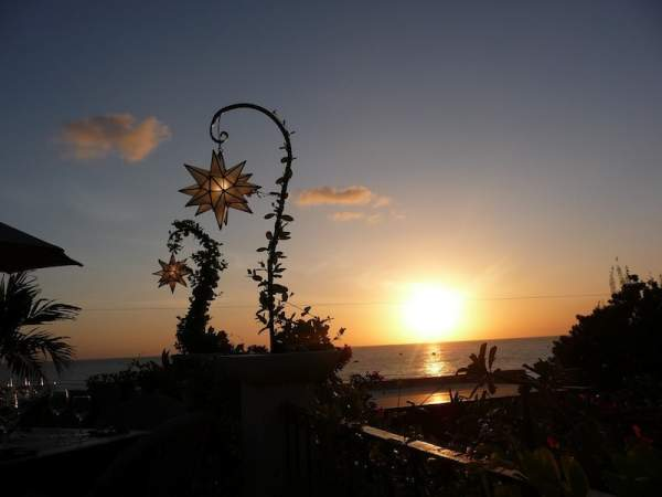 Barbados sunset -(Photo credit: Rowena Wood)